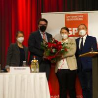 Beglückwünschung nach der Wahl zur Bundestagskandidatin